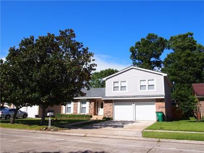 Harvey Single Family Home Pending Continue to Show: 2241 Woodmere Boulevard