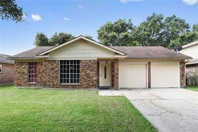 Single Family Home For Sale: 5700 Parkaire Drive