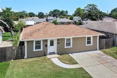 Single Family Home For Sale: 120 John Hopkins Drive