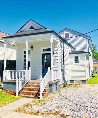 Single Family Home For Sale: 153 Millaudon Street