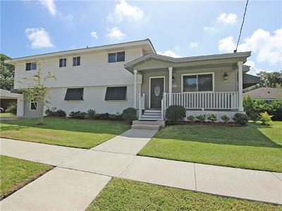 Single Family Home For Sale: 1907 Metairie Court