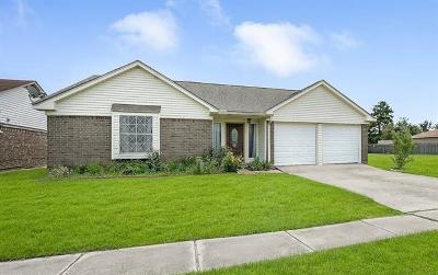 Harvey Single Family Home For Sale: 2120 Killington Drive