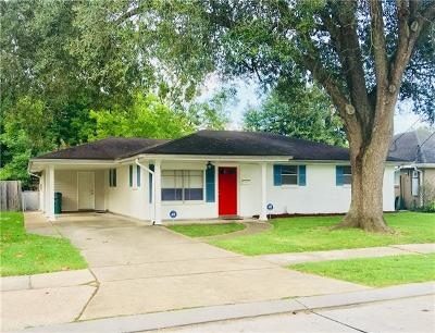 River Ridge, Harahan Single Family Home For Sale: 8801 Darby Lane