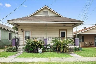 Single Family Home For Sale: 414 Avenue B Avenue