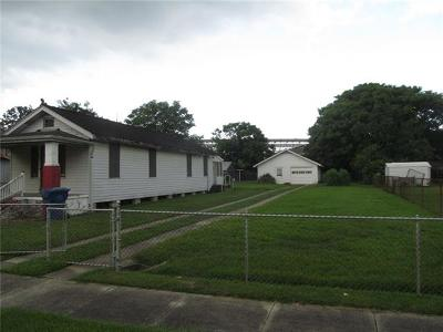 Single Family Home For Sale: 817 Americus Street