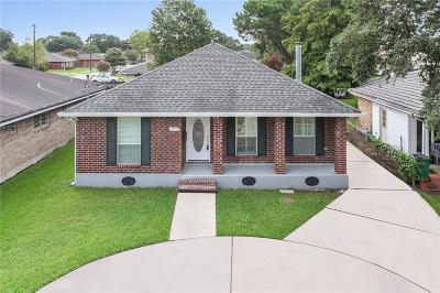 Metairie Single Family Home For Sale: 3517 Lake Villa Drive