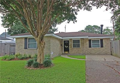 Metairie Single Family Home For Sale: 913 Belmont Place