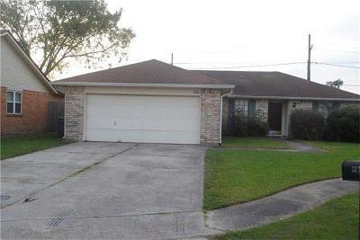 Single Family Home For Sale: 4900 White Oak Drive