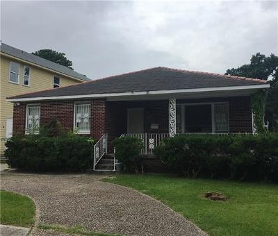 Metairie Single Family Home For Sale: 1024 Helios Avenue