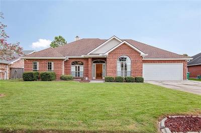 Gretna Single Family Home For Sale: 1309 Lake Frances Drive