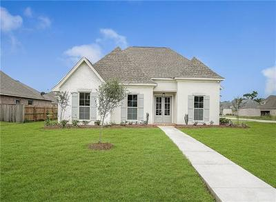 Madisonville LA Single Family Home For Sale: $309,900