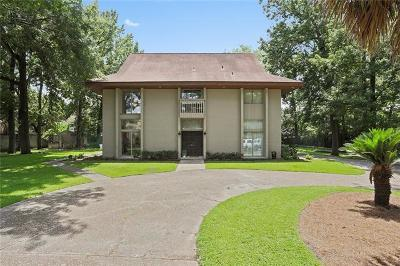 River Ridge, Harahan Single Family Home For Sale: 10000 Fort Knox Court