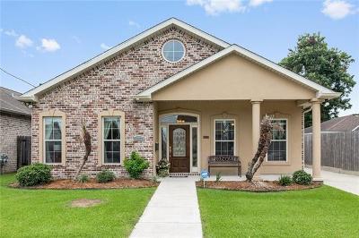 Jefferson Single Family Home For Sale: 697 Jefferson Heights Avenue