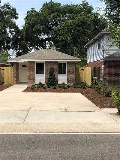 River Ridge, Harahan Single Family Home For Sale: 678 Oak Avenue