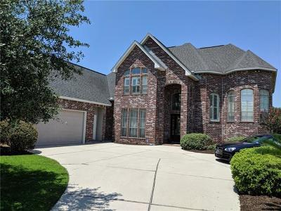 Single Family Home For Sale: 21 Tara Lane