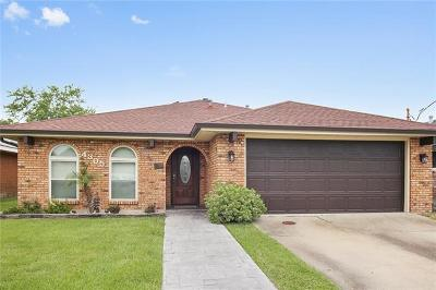 Kenner Single Family Home Pending Continue to Show: 4305 Arizona Avenue