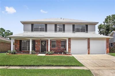Gretna Single Family Home Pending Continue to Show: 2149 Laurel Avenue