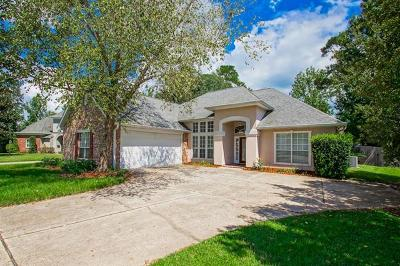 Mandeville Single Family Home For Sale: 1330 Woodmere Drive