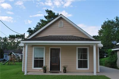 Destrehan, St. Rose Single Family Home Pending Continue to Show: 104 Saint Jude Street
