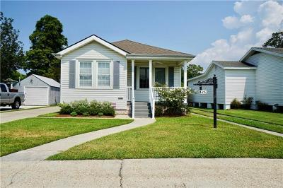 Metairie Single Family Home Pending Continue to Show: 425 Orion Avenue