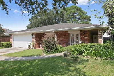 Kenner Single Family Home Pending Continue to Show: 4220 Beaune Drive