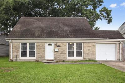 Gretna Single Family Home Pending Continue to Show: 136 Appletree Lane