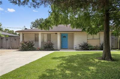 River Ridge, Harahan Single Family Home Pending Continue to Show: 537 Bellview Street