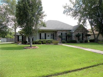 Madisonville Single Family Home Pending Continue to Show: 401 Gainesway Drive
