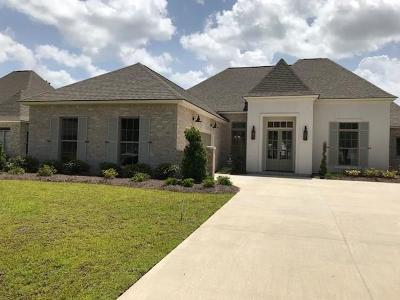 Madisonville Single Family Home For Sale: 704 Night Heron Lane