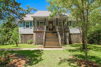 Single Family Home For Sale: 320 West Beach Parkway
