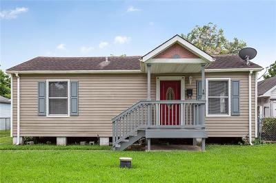 Single Family Home For Sale: 4535 Croyden Avenue