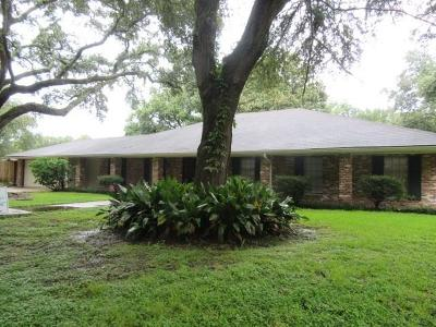 Single Family Home For Sale: 5936 Dover Place