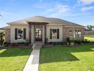 Madisonville Single Family Home For Sale: 1300 Pine Needle Court