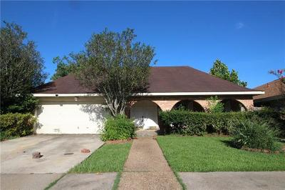 Kenner Single Family Home For Sale: 3941 Martinique Avenue