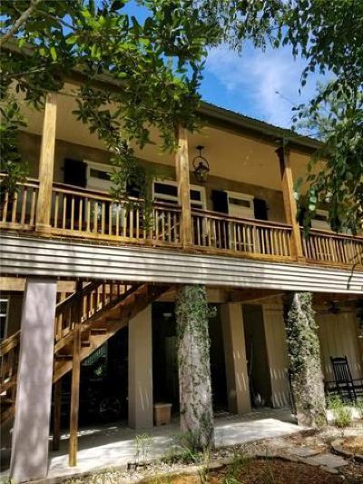 Mandeville Single Family Home For Sale: 315 Shady Oak Lane