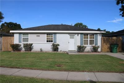 Single Family Home For Sale: 605 Phyllis Drive