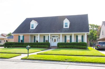 Metairie LA Single Family Home Pending Continue to Show: $625,000