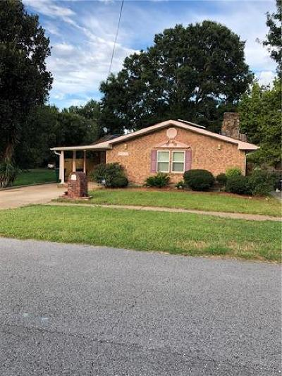 Kenner Single Family Home For Sale: 3040 Jasper Street