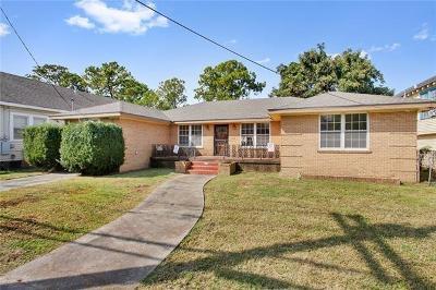 Single Family Home For Sale: 2632 Dante Street