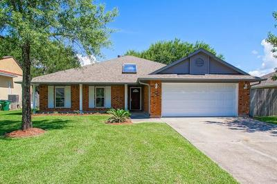 Slidell Single Family Home Pending Continue to Show: 397 Moonraker Drive