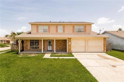 Single Family Home For Sale: 7241 Queensway Drive