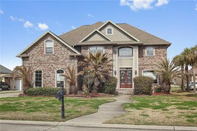 New Orleans Single Family Home For Sale: 140 Oakmont Drive