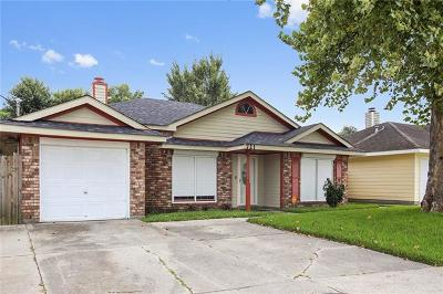 Westwego Single Family Home For Sale: 721 Dandelion Drive