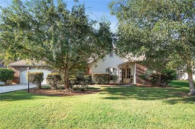 Single Family Home For Sale: 142 Acadian Lane