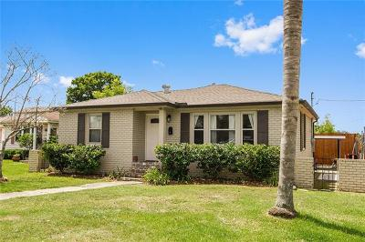 Metairie Single Family Home For Sale: 218 Mandarin Street
