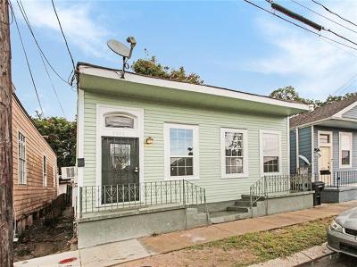 Single Family Home For Sale: 2323 Aubry Street