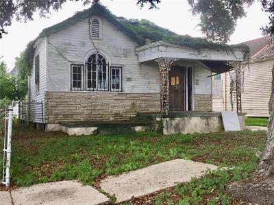 Single Family Home For Sale: 9118 Apple Street
