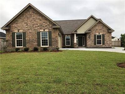 Marrero Single Family Home Pending Continue to Show: 2496 New Iberia Circle