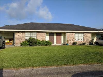 Jefferson Parish Multi Family Home For Sale: 908-922 Carmadelle Street