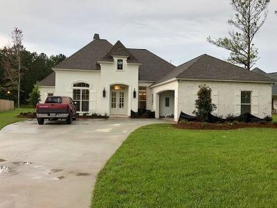 Madisonville Single Family Home Pending Continue to Show: 2017 Lost Trail Lane